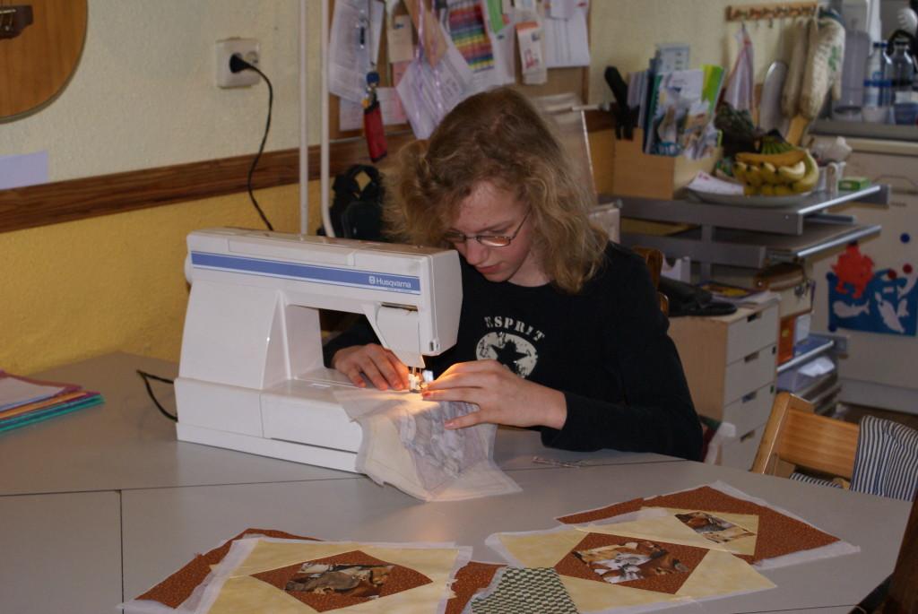Eline naait haar eigen quilt